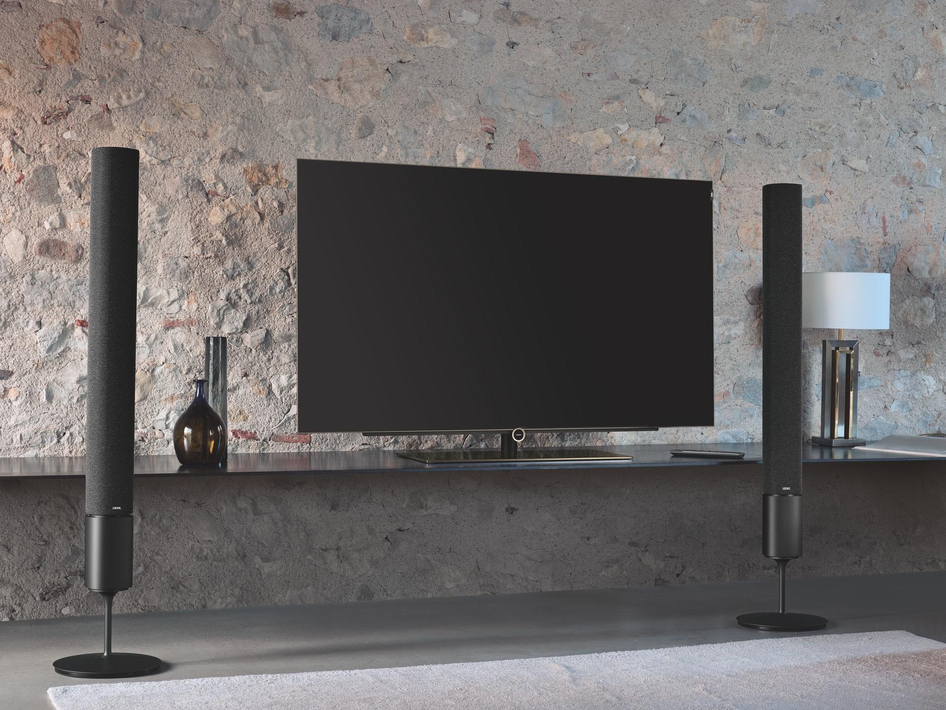 Installer sa télévision : au mur ou sur pied ? 1